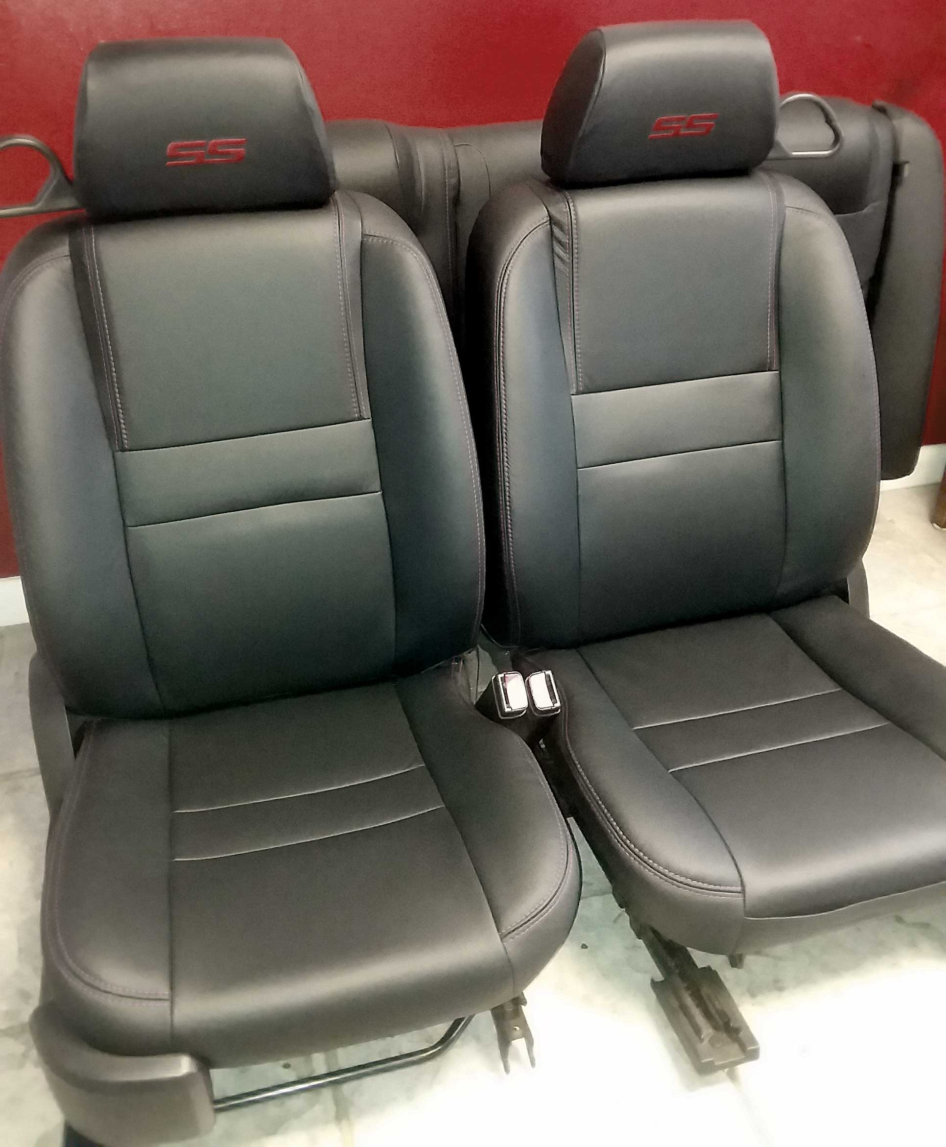 Leather Upholstery Repair >> J B Auto Upholstery Services Serving Polk County Florida